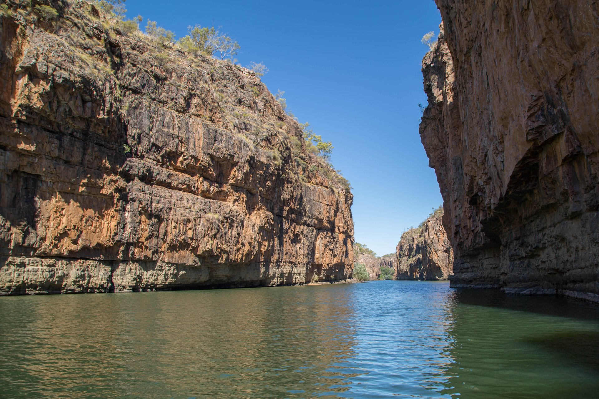 Katherine River flowing through the Gorge, Nitmiluk NP