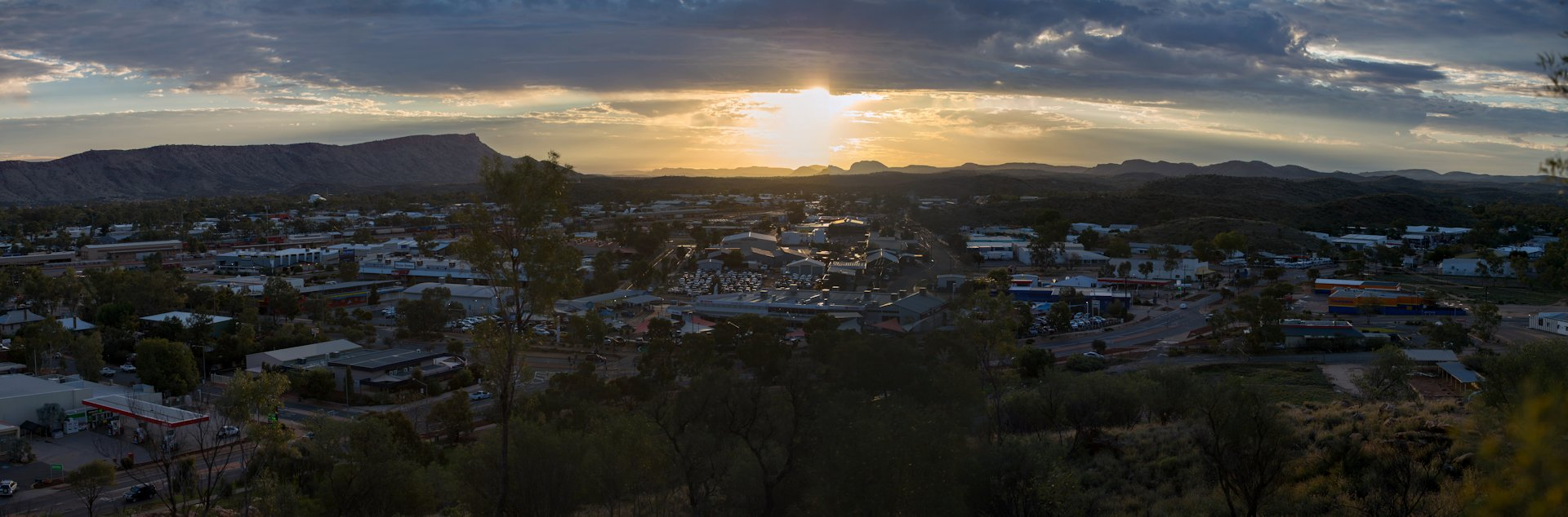 Sunset over Alice Springs and the MacDonnell Ranges
